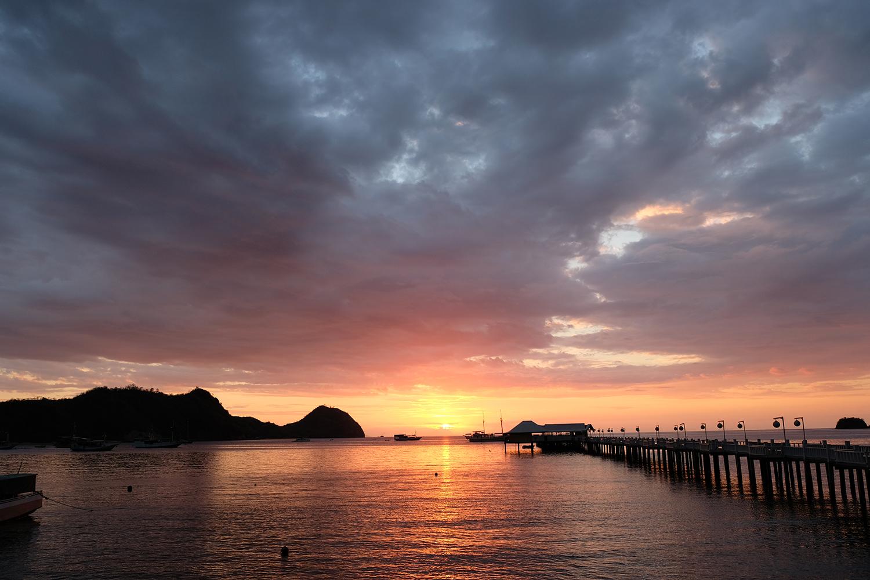 Sunset di Dermaga Putih